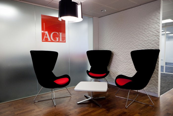 Groove-4-Finished-In-Matt-Off-White-For-AGL-Office-In-London
